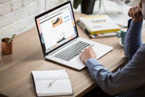 Webhosting, správa domén – svižný a bezpečný firemní web